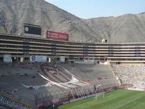 """Estádio Monumental """"U"""" - Lima - Peru - Visão da Cabine da CBN"""